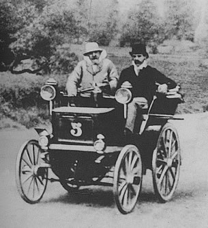 Panhard-Levassor (course Paris-Bordeaux 1895)