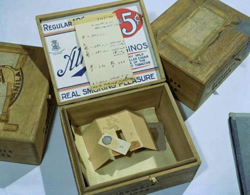 Le premier échantillon macroscopique de plutonium isolé en août 1942